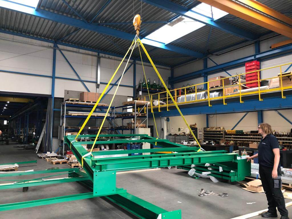 machinemontage door de ingenieurs van twin-tech